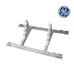 Isolatori per sistema sbarre a scalare verticali (supporto + isolatori) per 12M Q630 - General electric 885197